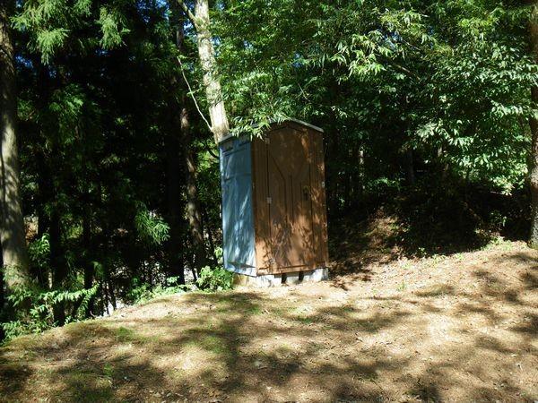 A仮設トイレ
