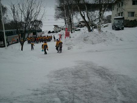 富士見東中学校 到着 (3)