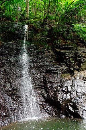 名栗湖の滝