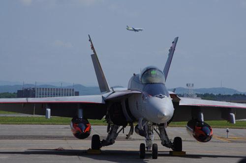 F18とエアドゥ