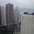 写真: ただいま都庁に登頂中♪ 中...