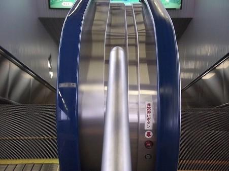 701-上りエスカレータ2