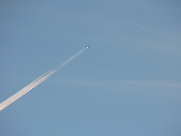 飛行機雲発生 (3)