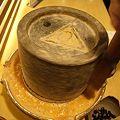 Photos: 石臼で(芭蕉庵)