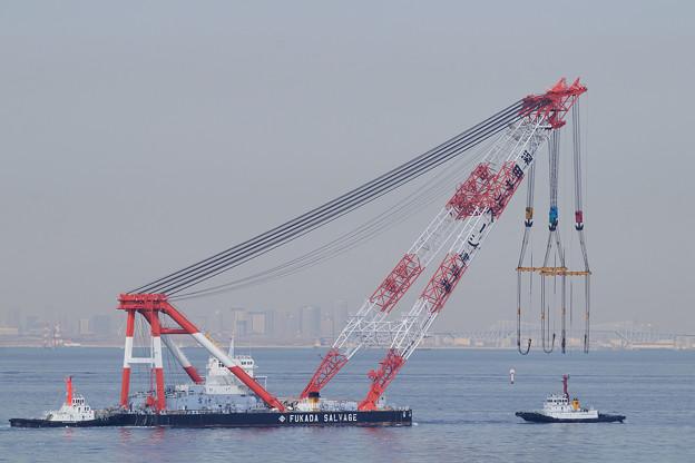 起重機船「富士」
