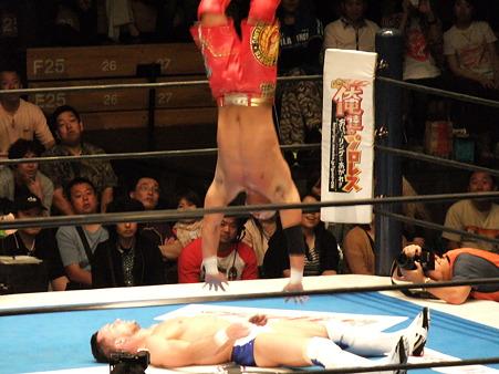 新日本プロレス BEST OF THE SUPER Jr.XIX Aブロック公式戦 プリンス・デヴィットvsKUSHIDA (10)