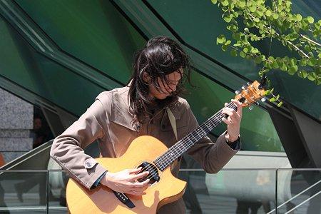 2012.04.10 東京国際フォーラム 路上演奏