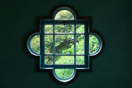 2011.06.12 山手 ベーリック・ホール  子度部屋の窓