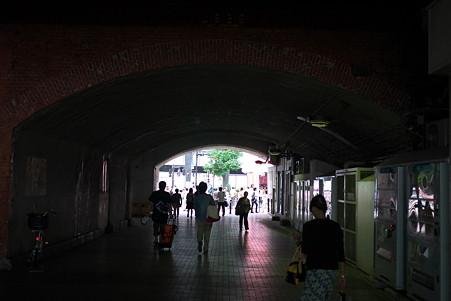2011.08.27 有楽町 ガード下
