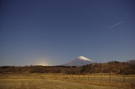 畑と富士山