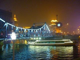 22開放橋と観光船