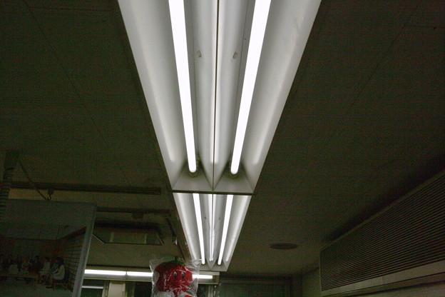 Photos: 蛍光灯LED化067